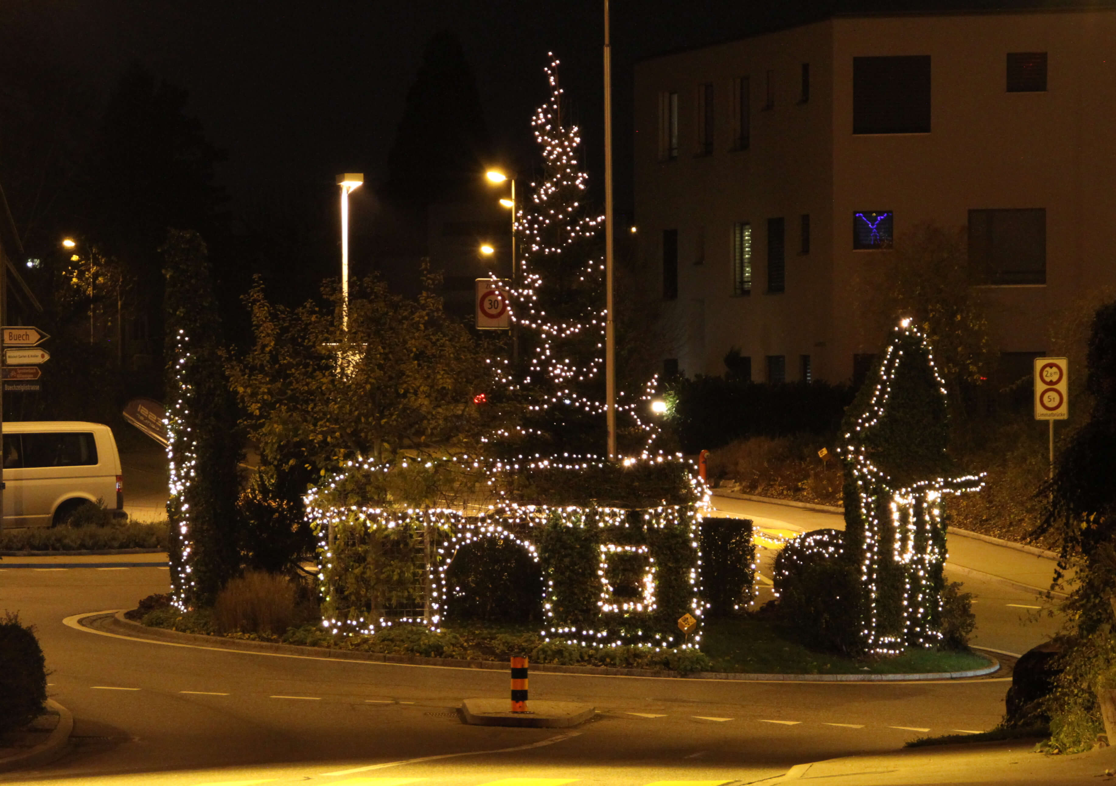 Weihnachtsbeleuchtung Der Würenloser Kreisel
